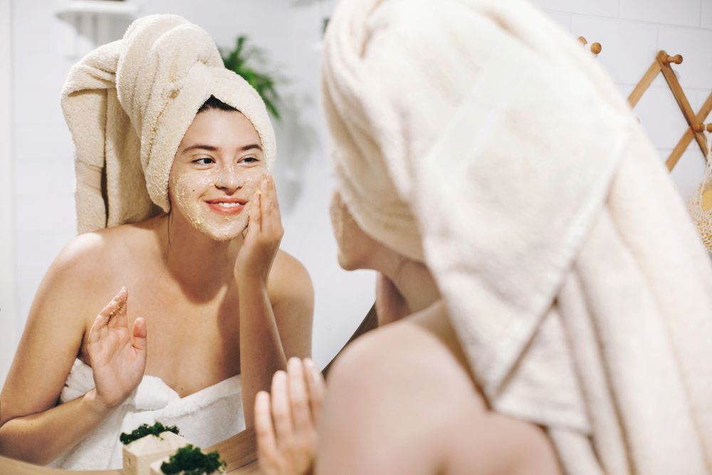 10 Indicators Your Skincare Routine is Completely Incorrect