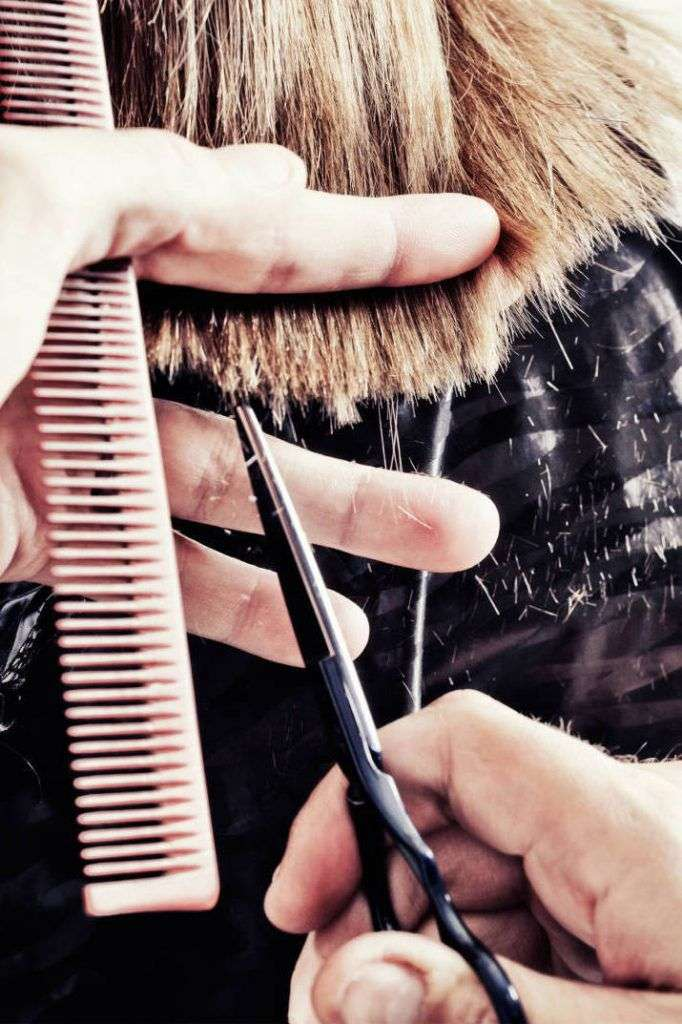 10 Methods Magnificence Salons Are Deceiving You